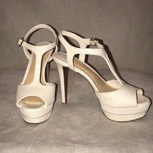 Gianni Bini white high heels